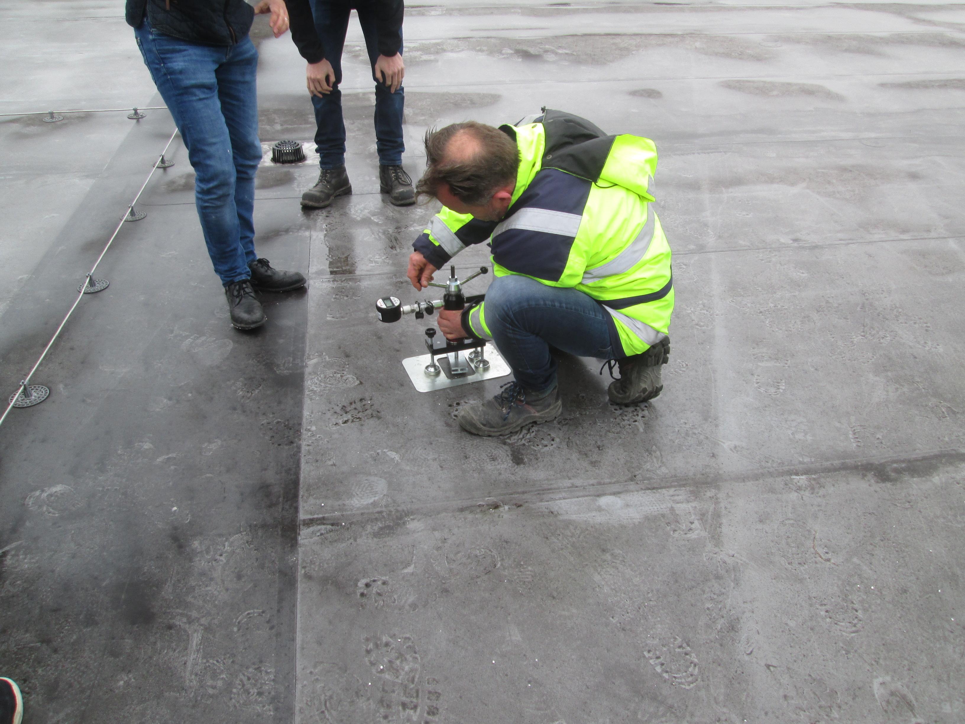 Trekproeven op het dak
