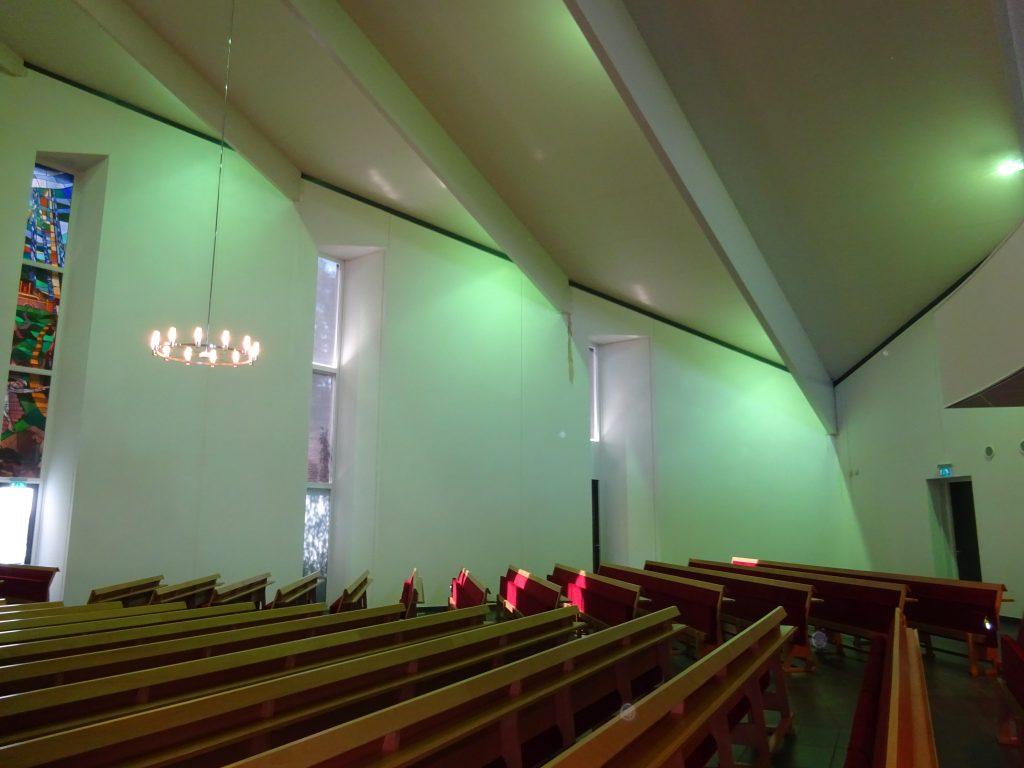 lekagesporen binnenzijde kerk