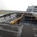 Detailopname schade aan staalconstructie door wateraccumulatie